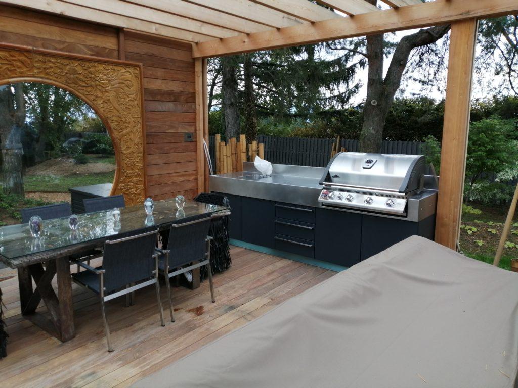 cuisine d'extérieur atlantic inox avec bbq Napoléon